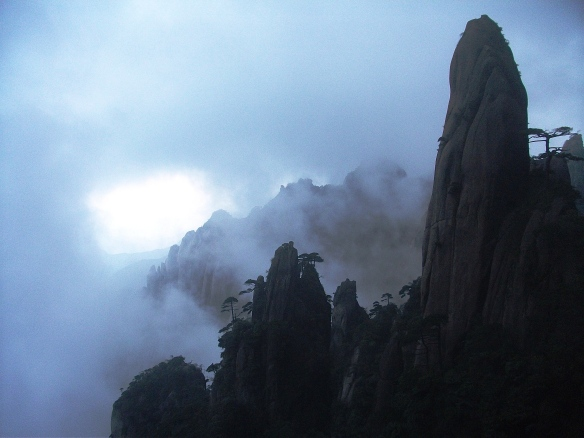 Sanqingshan (三清山) was another nearby mountain offering amazing scenery.